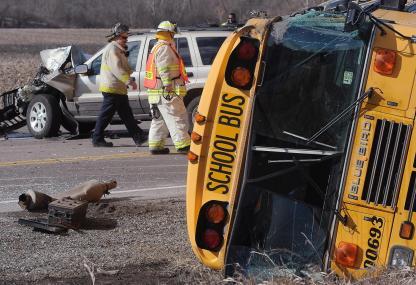 Illinois, scuolabus coinvolto in incidente
